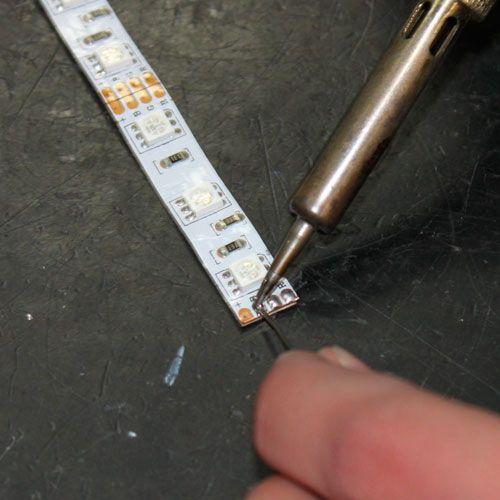 LED en bande auto-adhésive 60 LEDs/m RVB - par 50cm