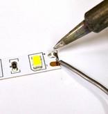 LED en bande auto-adhésive 5050 60 LED/m Blanc Chaud - par 50cm