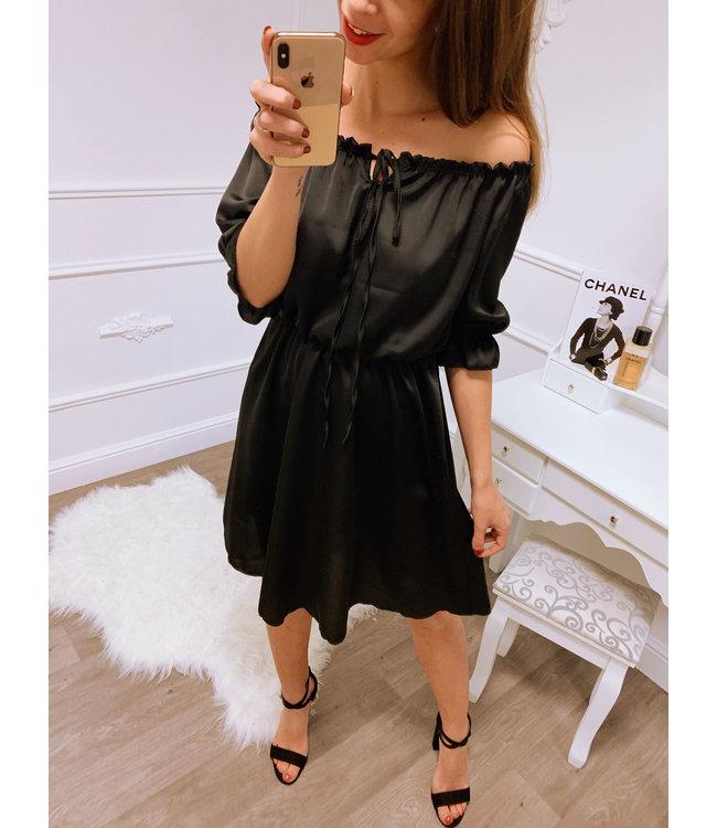a9fb7a3aab6763 Silk Jurk Zwart - Blush Fashionstore