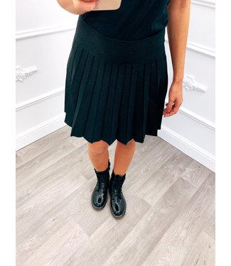 Little Black Skirt