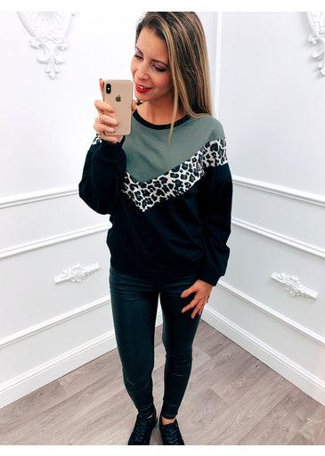 V-line Panter Sweater Groen