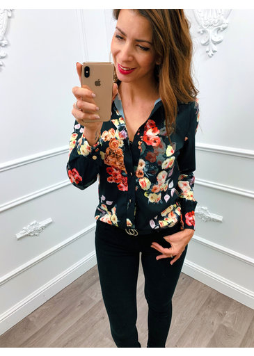 Flower On Blouse Zwart