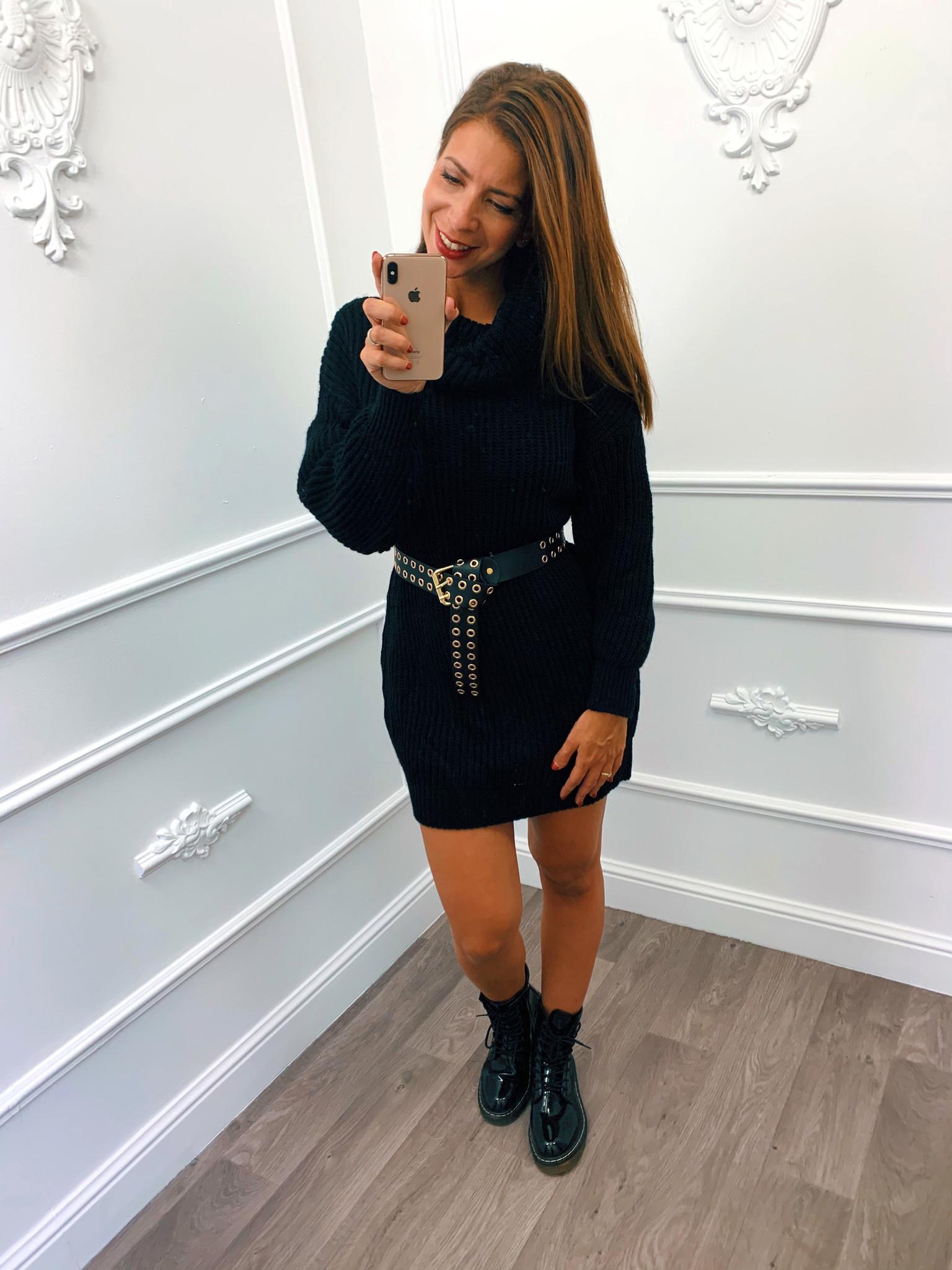 Oversized Col Dress Zwart Blush Fashionstore