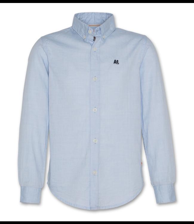 Ao76 12H lichtblauw hemdje