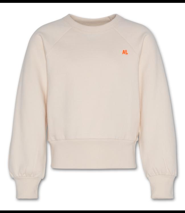 Ao76  ecru sweater
