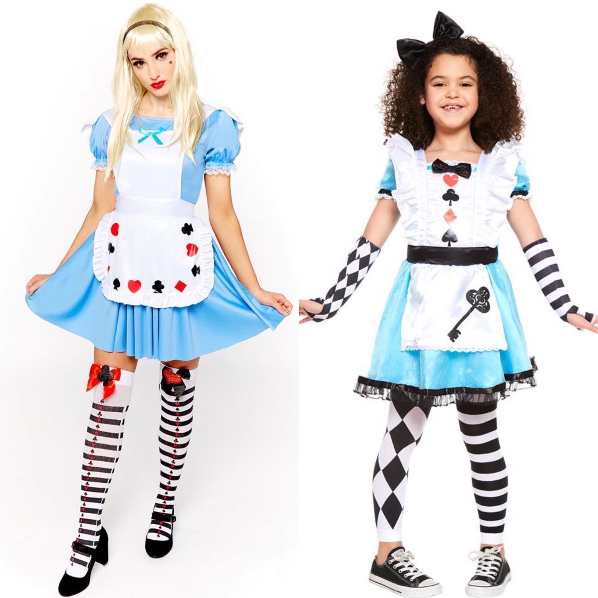 Alice in wonderland moeder en dochter kostuum