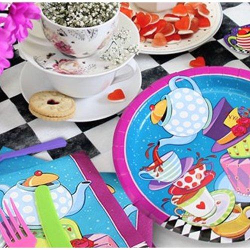 Wonderland Feestartikelen,een unieke feest collectie.