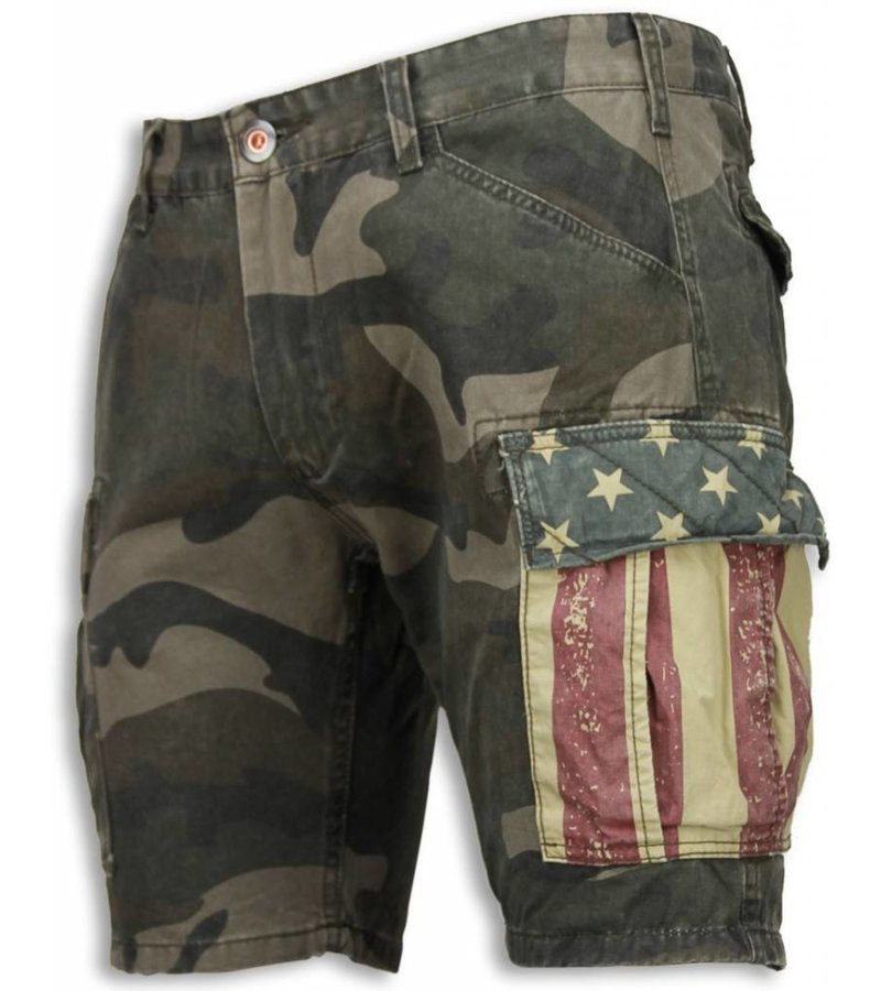 Bread & Buttons Casual Shorts Men - Slim Fit Camouflage Shorts - Green