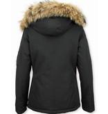 TheBrand Fur Collar Coat - Women's Winter Coat Short - Parka Stitch Bag - Black
