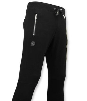 Enos Skull Printed Sweatpants For Men  - Black