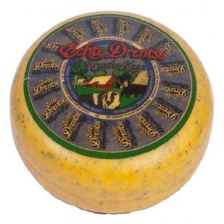 Drentse 4 kruiden kaas, met typische Drentse kruiden