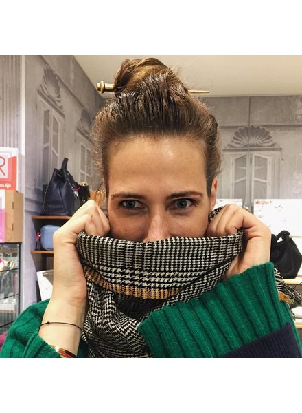 Unmade Scarf Anouk