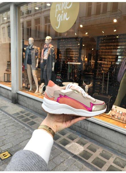 Vanessa Wu Sneaker Pink Flame