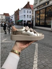 Vanessa Wu Sneaker Midas Touch BK2128