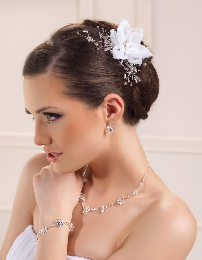 Haarschmuck für Ihre Brautfrisur