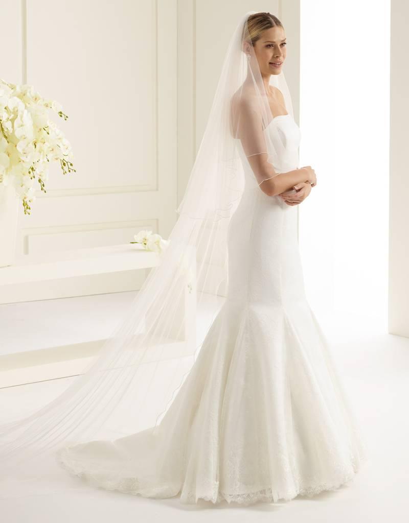 Marken Brautschleier lang und weich fallend