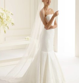 Langer Brautschleier Satinkante