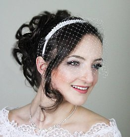 Brauthaarschmuck mit Gesichtsschleier