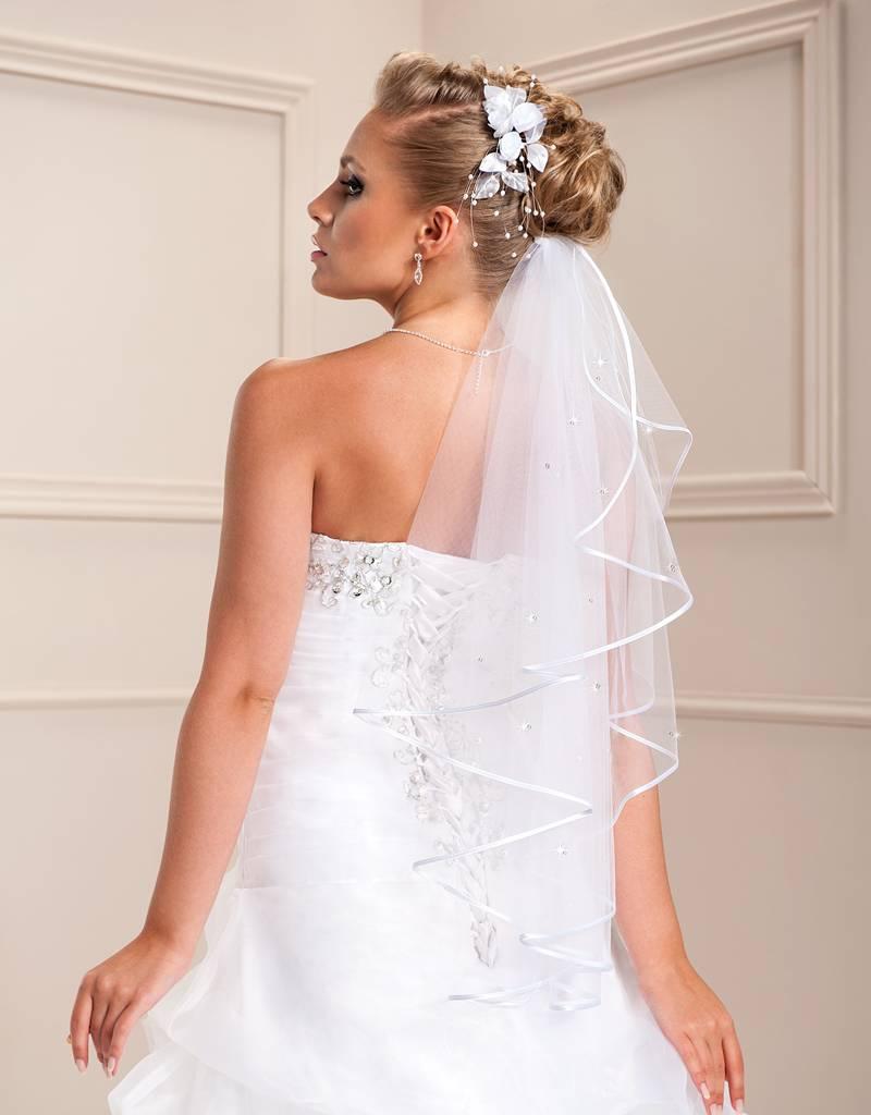 klassischer schmaler Brautschleier mit Strass