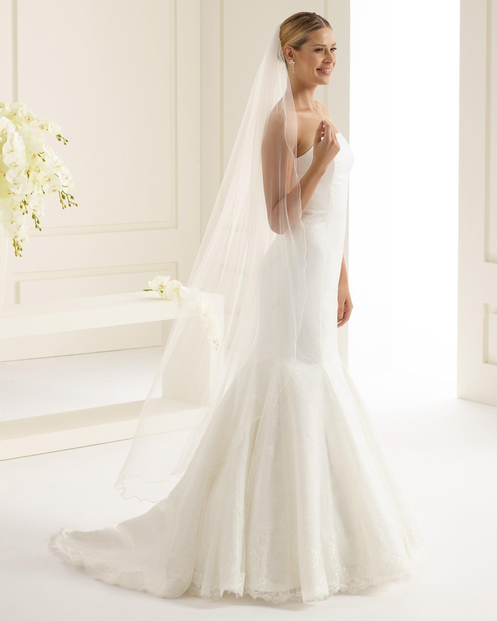 Feiner und zarter Brautschleier von Bianco Evento