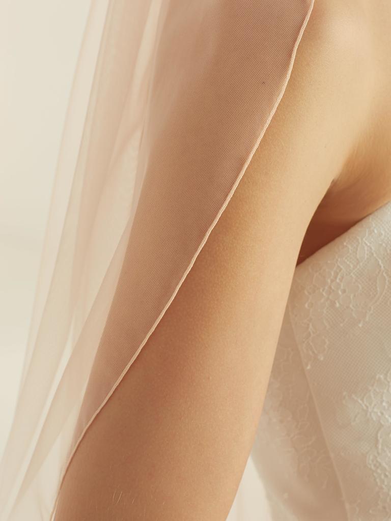 Bianco Evento Schleier lang in blush-rosé aus Softtüll