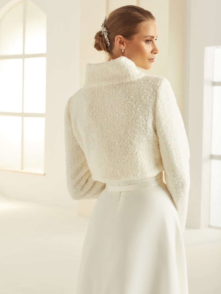 Wrme und elegante Brautjacke Bolero mit Wolle