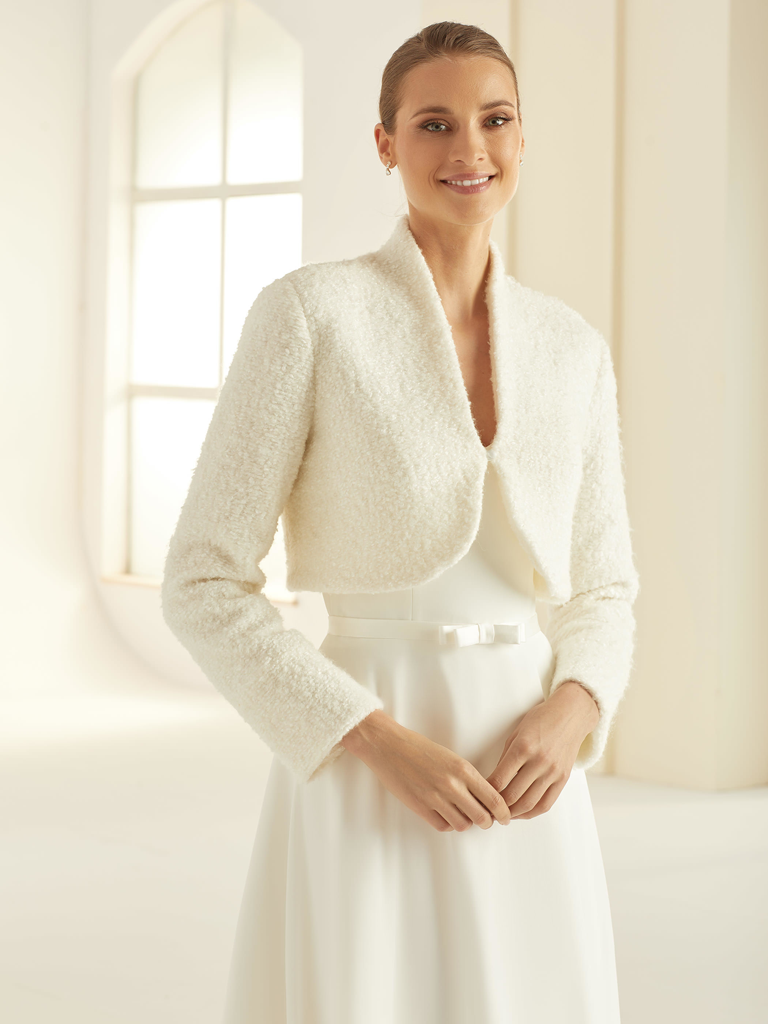 Eleganter Braut Bolero mit Wolle