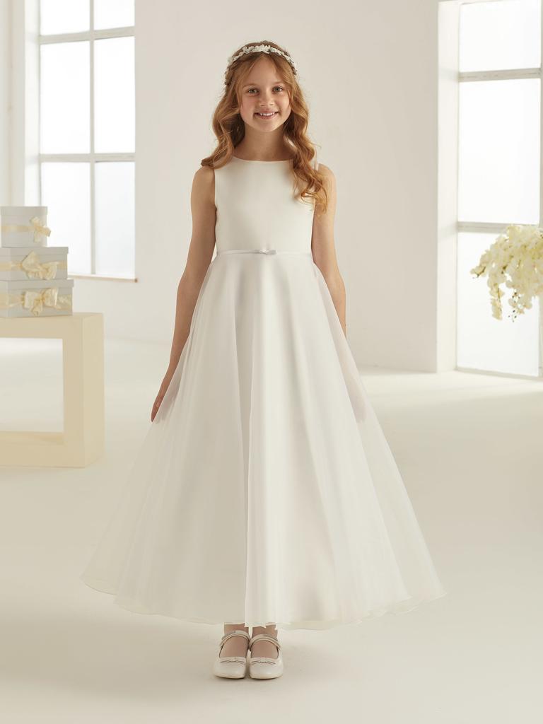 Schlichtes Kommunionskleid in weiß oder ivory creme