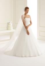 Bianco Evento  Sehr langer Brautschleier aus Softtüll