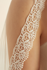 Bianco Evento Brautmode  Schleier mit boho Spitze  von Bianco Evento