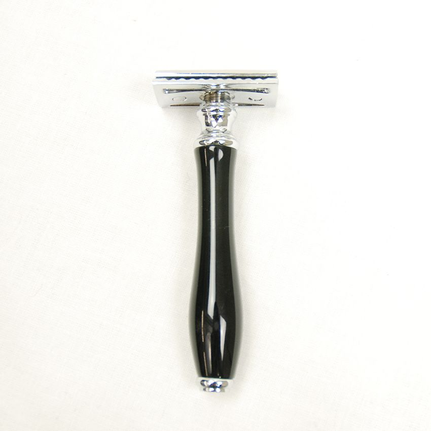 Barbieri Italiani safety razor musta