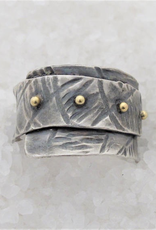 Diego Cognolato. Rustic Ring. Hand made. Silver and Gold. Size 21mm.