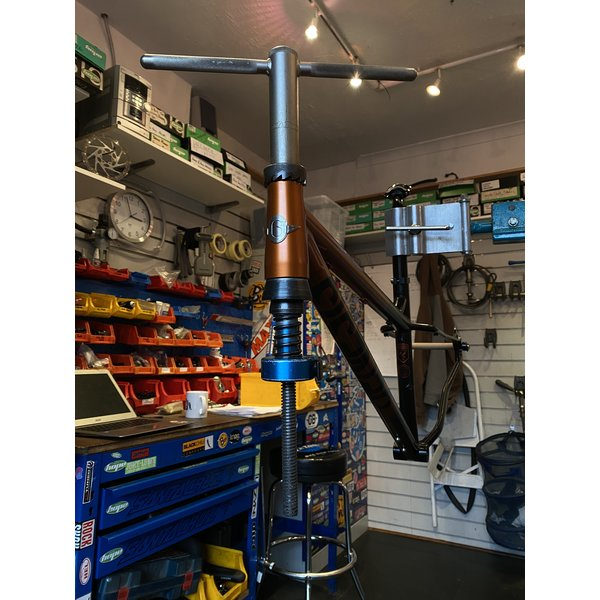 18 Bikes Workshop Job - Ream and Face head tube