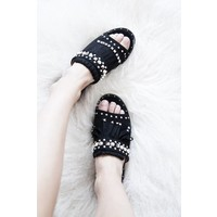 BOBBI BLACK - SLIPPERS