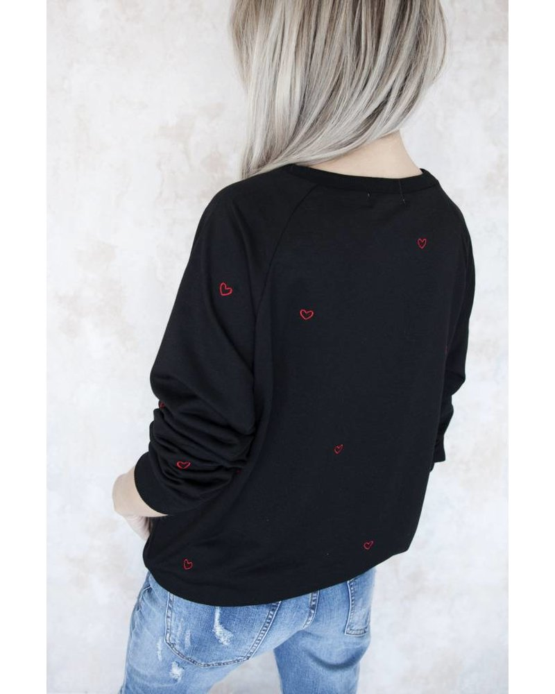 COZY HEARTS BLACK/RED - SWEATER