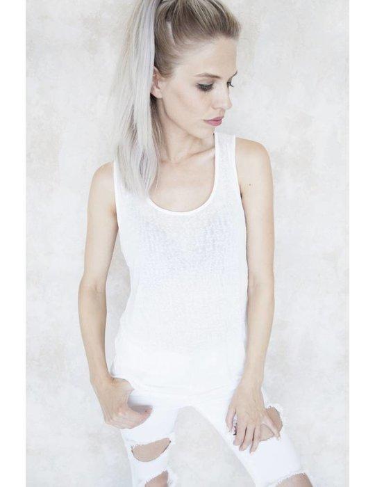 CLEO WHITE