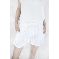 FELINA WHITE - SHORT