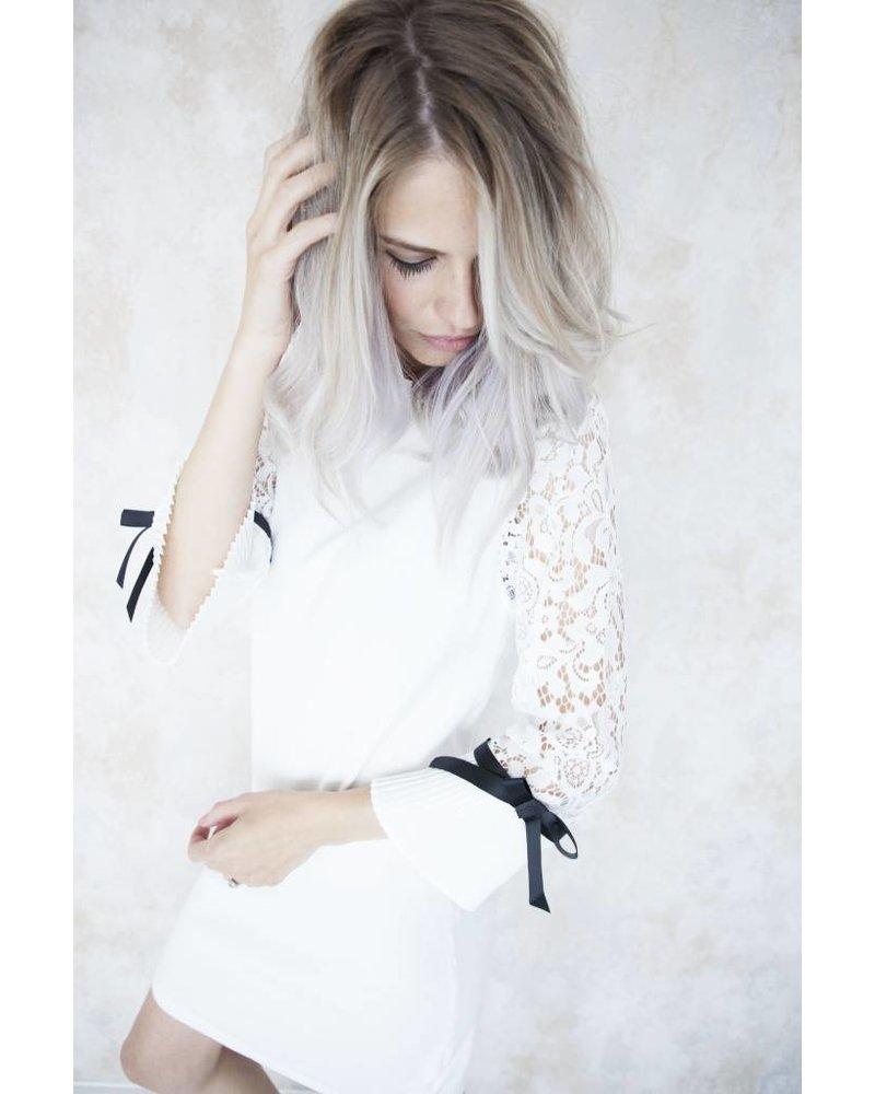 LORI WHITE - JURK