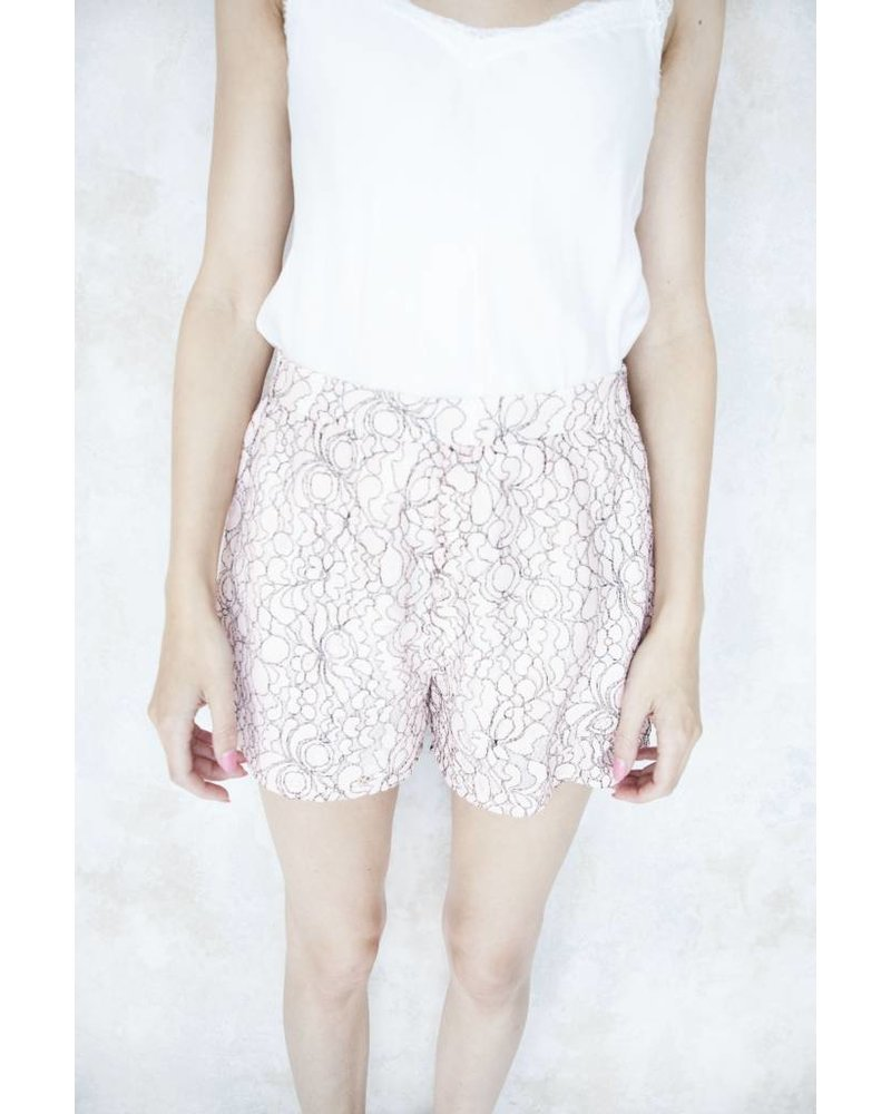 DAISY LACE PINK - SHORT
