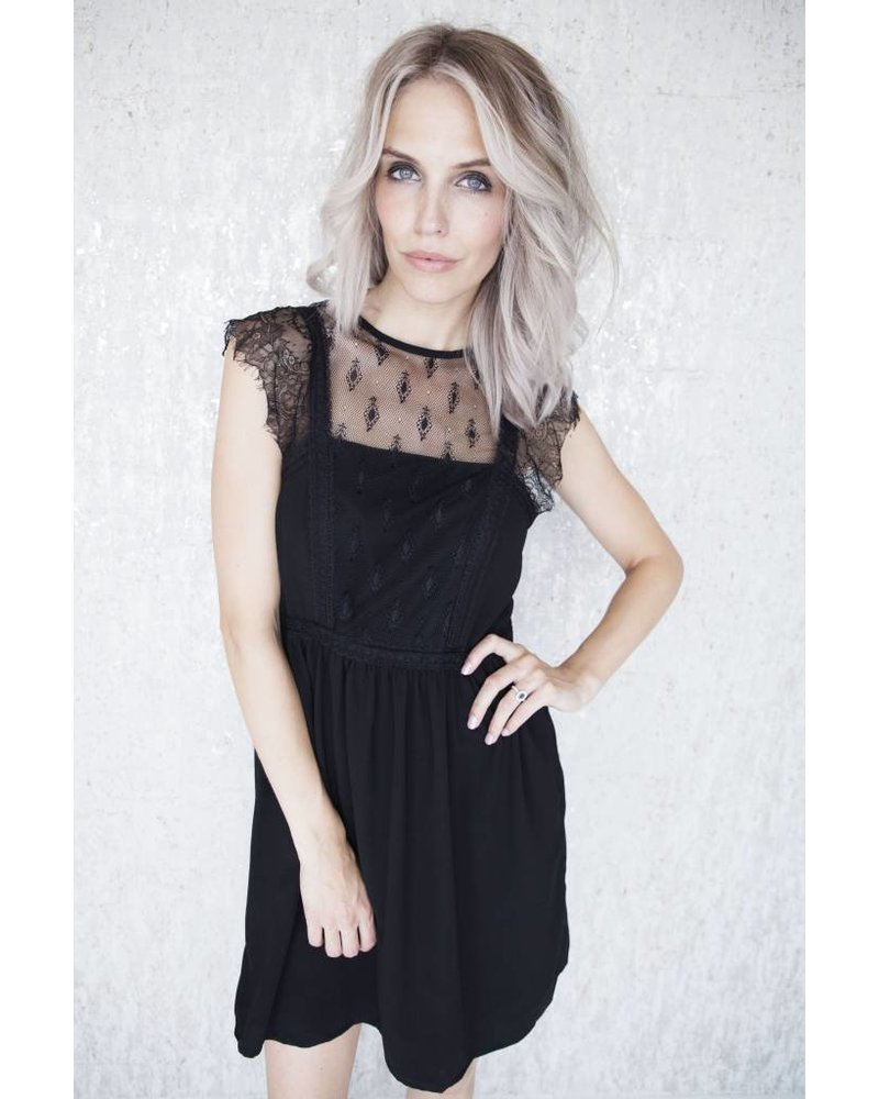 LINDA BLACK - JURK