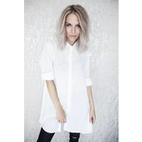 STATEMENT PEARLS LONG WHITE - BLOUSE