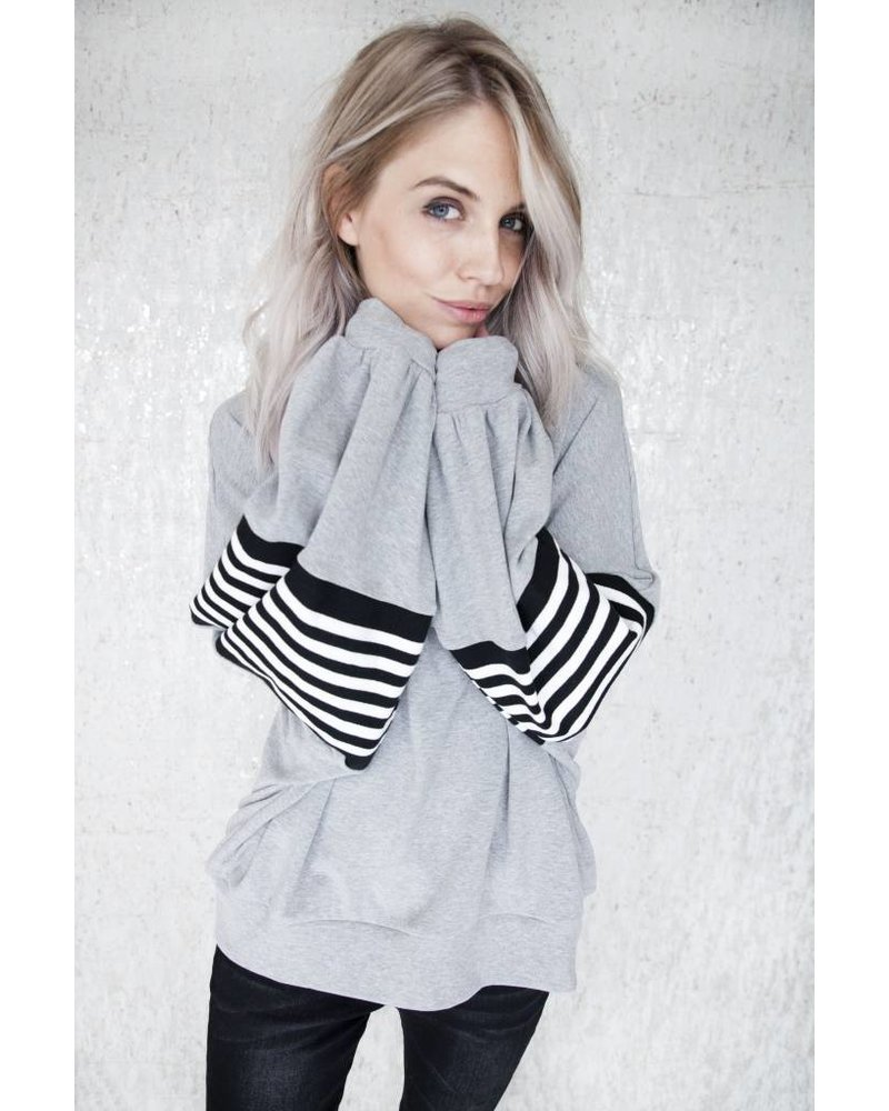 DEMI STRIPES - SWEATER