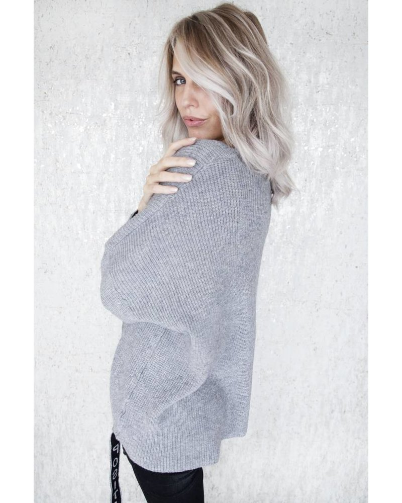 POSITIVITY GREY - SWEATER