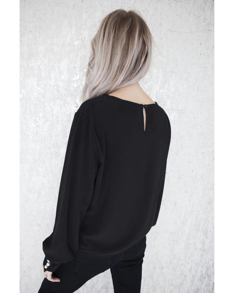MADDY PEARLS BLACK - BLOUSE