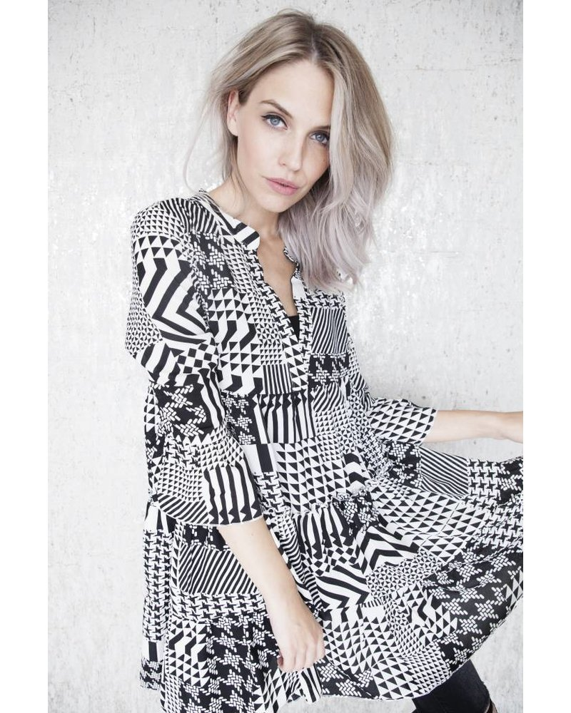 ELLA BLACK & WHITE - JURK