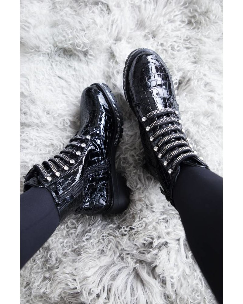 SHINY TOUGH BLACK - BOOTS