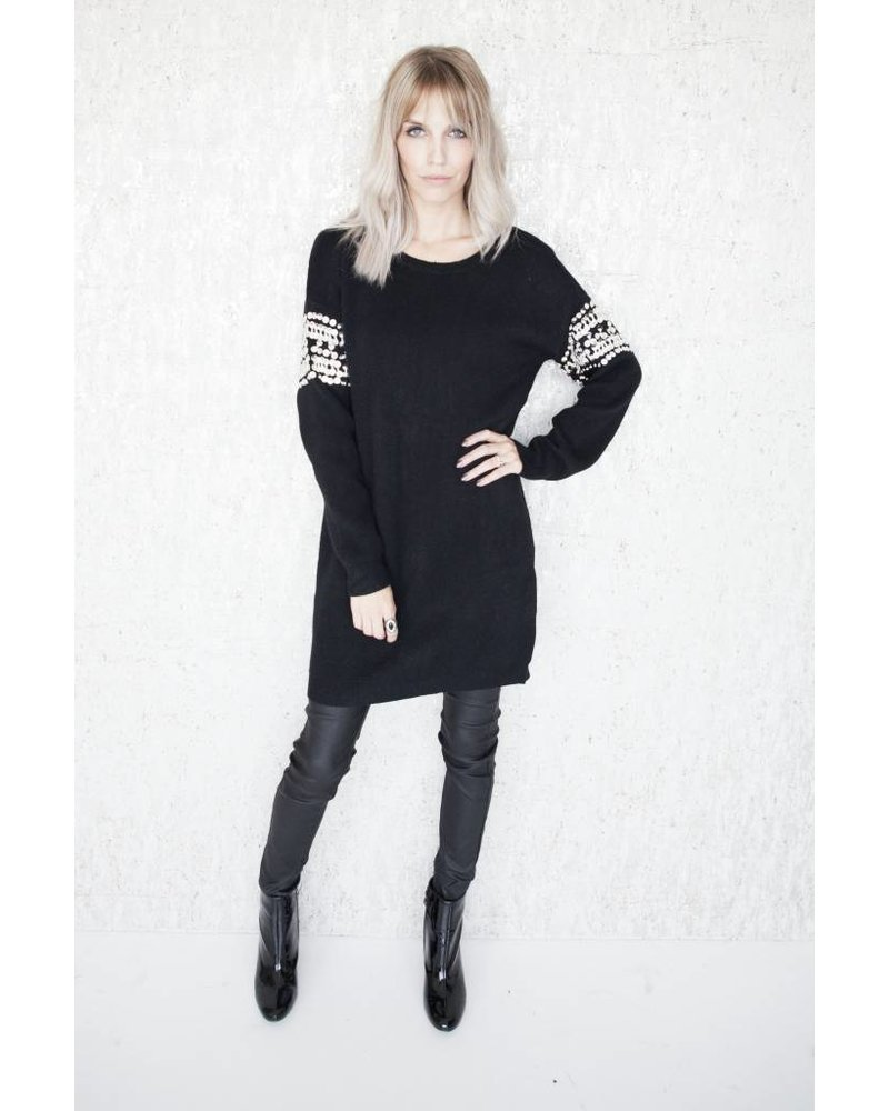 LOONA BLACK - SWEATER DRESS
