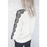 KNITS AND LACE - SWEATER