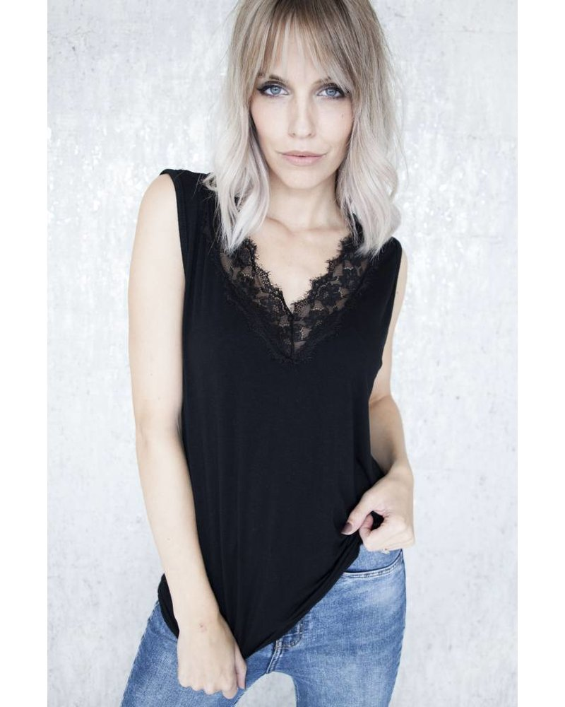 MELANY LACE BLACK - TOP