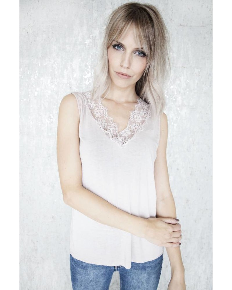 MELANY LACE SOFT PINK - TOP